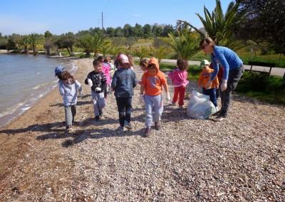 Το Δημοτικό Σχολείο Αγίας Μαρίνας του Δήμου Λέρου συμμετέχει στον καθαρισμό παραλίας του νησιού. Let's do it Greece