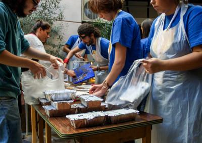 Κοινωνικό μαγείρεμα για ευπαθείς ομάδες. - Glovo
