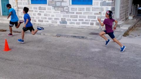 Το 4ο Δημοτικό Σχολείο Ερμούπολης «έτρεξε» για καλό σκοπό