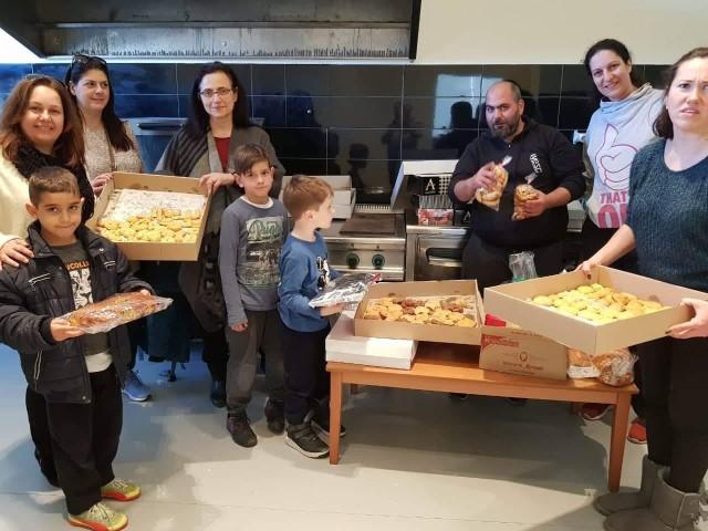 Το 9ο Δημοτικό Σχολείο Αγίου Δημητρίου φτιάχνει μπισκότα αμυγδάλου για έναν καλό σκοπό!